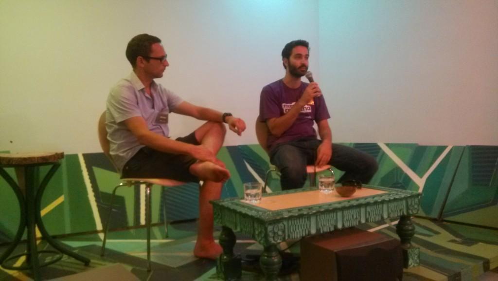 Renato Filev (derecha) y Vicente Ordóñez durante el encuentro